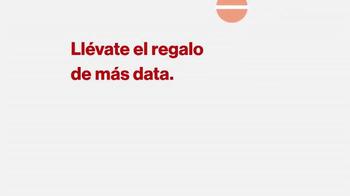 Verizon TV Spot, 'El regalo de más data' [Spanish] - Thumbnail 1