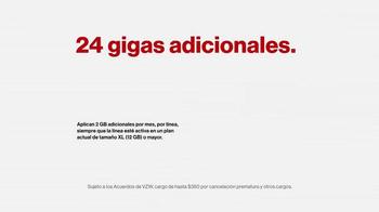 Verizon TV Spot, 'El regalo de más data' [Spanish] - Thumbnail 5