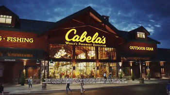 Cabela's Christmas Sale TV Spot, 'Camo, Smokers, Binoculars' - Thumbnail 8
