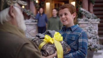 Cabela's Christmas Sale TV Spot, 'Huntingwear' - Thumbnail 6