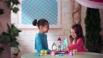 Play-Doh Disney Princess Royal Palace TV Spot, 'Sparkle' - Thumbnail 1