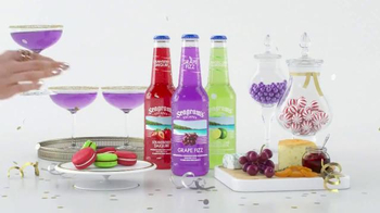 Seagram's Escapes TV Spot, 'Keep it Colorful This Holiday Season' - Thumbnail 4