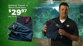 Bass Pro Shops Christmas Sale TV Spot, 'Hoodies, Slippers and Jeans' - Thumbnail 8