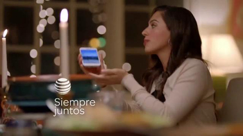 AT&T Mobile Share Value Plan TV Spot, 'Siempre juntos' [Spanish] - Thumbnail 2