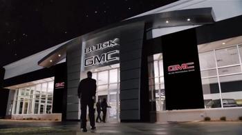 GMC TV Spot, 'Light Up Reindeer' - Thumbnail 7