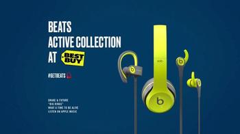 Beats Active Collection TV Spot, 'A Christmas Miracle' Feat. Tracy Morgan - Thumbnail 9