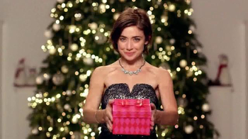 JCPenney Big Gift Sale TV Spot, 'Great Gifts' - Thumbnail 10