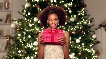 JCPenney Big Gift Sale TV Spot, 'Great Gifts' - Thumbnail 2