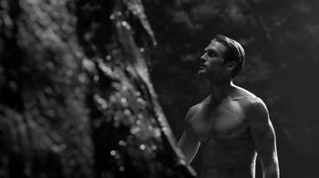 Giorgio Armani Fragrances Acqua Di Gio TV Spot, 'Weeping Wall' - Thumbnail 5