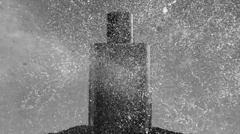 Giorgio Armani Fragrances Acqua Di Gio TV Spot, 'Weeping Wall' - Thumbnail 7