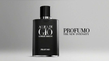 Giorgio Armani Fragrances Acqua Di Gio TV Spot, 'Weeping Wall' - Thumbnail 9