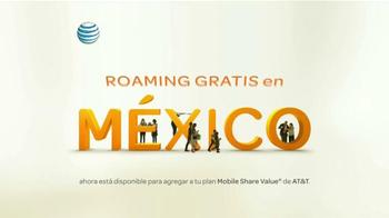 AT&T Mobile Share Plan TV Spot, 'Epoca de visitar a la familia' [Spanish] - Thumbnail 4