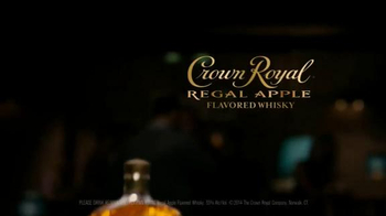 Crown Royal Regal Apple TV Spot, 'Smooth' - Thumbnail 9