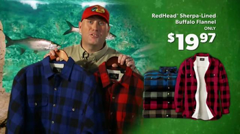 Bass Pro Shops Christmas Sale TV Spot, 'Fleece, Flannel and Free Shipping' - Thumbnail 6