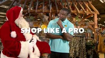 Bass Pro Shops Countdown to Christmas TV Spot, 'Hikers' - Thumbnail 4