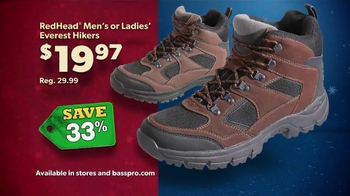 Bass Pro Shops Countdown to Christmas TV Spot, 'Hikers' - Thumbnail 8
