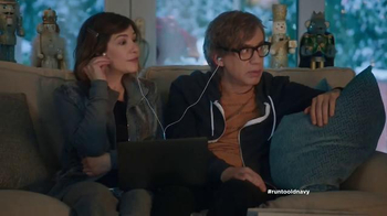 Old Navy TV Spot, 'Double the Gifts!' Feat. Carrie Brownstein, Fred Armisen - Thumbnail 2