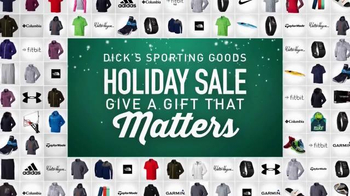 Dick's Sporting Goods Holiday Sale TV Spot, 'Fleeces, Camo and Cabin Socks' - Thumbnail 10