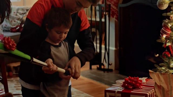 Dick's Sporting Goods Holiday Sale TV Spot, 'Fleeces, Camo and Cabin Socks' - Thumbnail 9