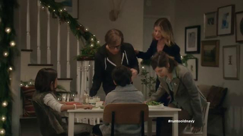 Old Navy TV Spot, 'Kids' Table' Featuring Carrie Brownstein, Fred Armisen - Thumbnail 2