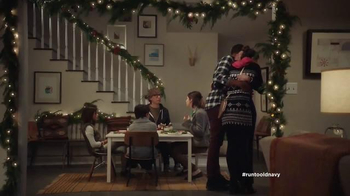 Old Navy TV Spot, 'Kids' Table' Featuring Carrie Brownstein, Fred Armisen - Thumbnail 4