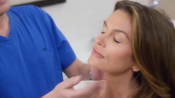 Meaningful Beauty TV Spot, 'Age Gracefully' Featuring Cindy Crawford - Thumbnail 2