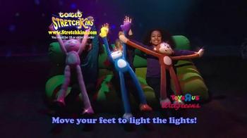 Go & Glo StretchKins TV Spot, 'Flash and Glow' - Thumbnail 5