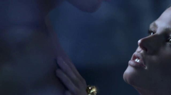 Versace Eros TV Spot, 'Cupid's Arrow' - Thumbnail 4