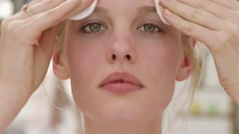 Garnier SkinActive Micellar Cleansing Water TV Spot, 'New Way to Cleanse' - Thumbnail 6