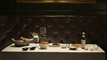 Carl's Jr. Steakhouse Thickburger TV Spot, 'Table Setting' Song by Pantera - Thumbnail 1