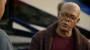 Capital One TV Spot, 'Bowl Mania: Oranges' Feat. Samuel L. Jackson - Thumbnail 4