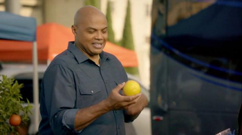 Capital One TV Spot, 'Bowl Mania: Oranges' Feat. Samuel L. Jackson - Thumbnail 5