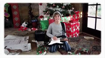 Guitar Center Holiday Savings TV Spot, 'Squier, Epiphone and Ernie Ball' - Thumbnail 9
