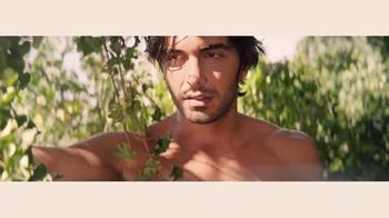 DKNY Fragrances Be Delicious TV Spot, 'Eva' canción de TeamMate [Spanish] - Thumbnail 3