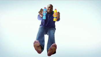 Gold Bond Foot Powder Spray TV Spot, 'Cool Feet' Featuring Shaquille O'Neal - Thumbnail 5