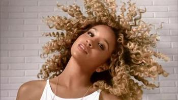 Pantene TV Spot, 'Beautiful Curly Hair' Featuring Jillian Hervey - Thumbnail 3