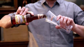 Leinenkugel's Grapefruit Shandy TV Spot, 'Lake Bar' - Thumbnail 2