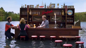 Leinenkugel's Grapefruit Shandy TV Spot, 'Lake Bar'