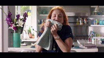 Downy Unstopables TV Spot, 'A Thousand Flowers' - 209 commercial airings