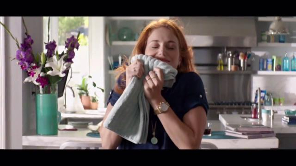 Downy Unstopables Tv Commercial A Thousand Flowers