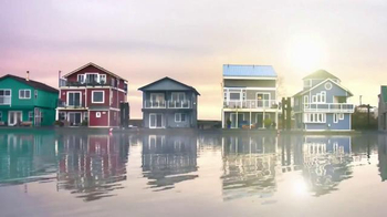 BEHR Paint Red White & Blue Savings TV Spot, 'Houseboat' - Thumbnail 1
