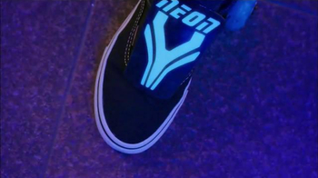 Neon Street Rollers TV Spot, 'Slide, Glide and Skate' - Thumbnail 2