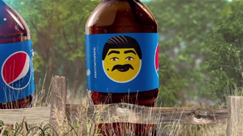 Pepsi TV Spot, 'ABC: Guillermo Meets Cindy Crawford' - Thumbnail 8