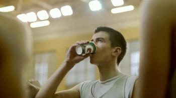 Gatorade TV Spot, 'Coast to Coast' - Thumbnail 5