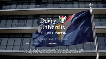 DeVry University Scholarship and Grant TV Spot, 'In Your Corner' - Thumbnail 10