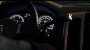 Summit Racing Equipment TV Spot, 'Pedazo de metal' [Spanish] - Thumbnail 9