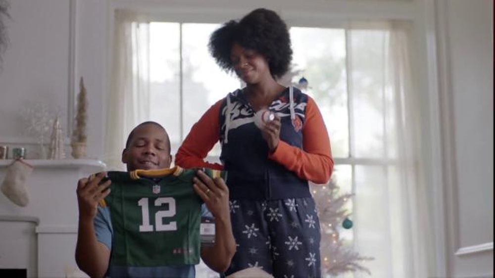 NFL Shop TV Commercial, 'The Perfect Holiday Gift for the New Baby'