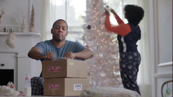 NFL Shop TV Spot, 'The Perfect Holiday Gift for the New Baby' - Thumbnail 2