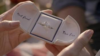 Signet Jewelers Ever Us Two-Stone Diamond Ring TV Spot, 'Hit the Road' - Thumbnail 6