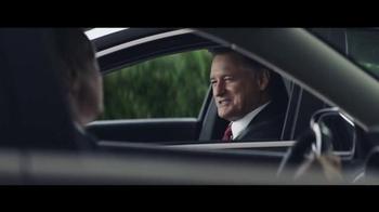 2016 Chrysler 200 and 300 TV Spot, 'Swerve' Ft. Martin Sheen, Bill Pullman - Thumbnail 2